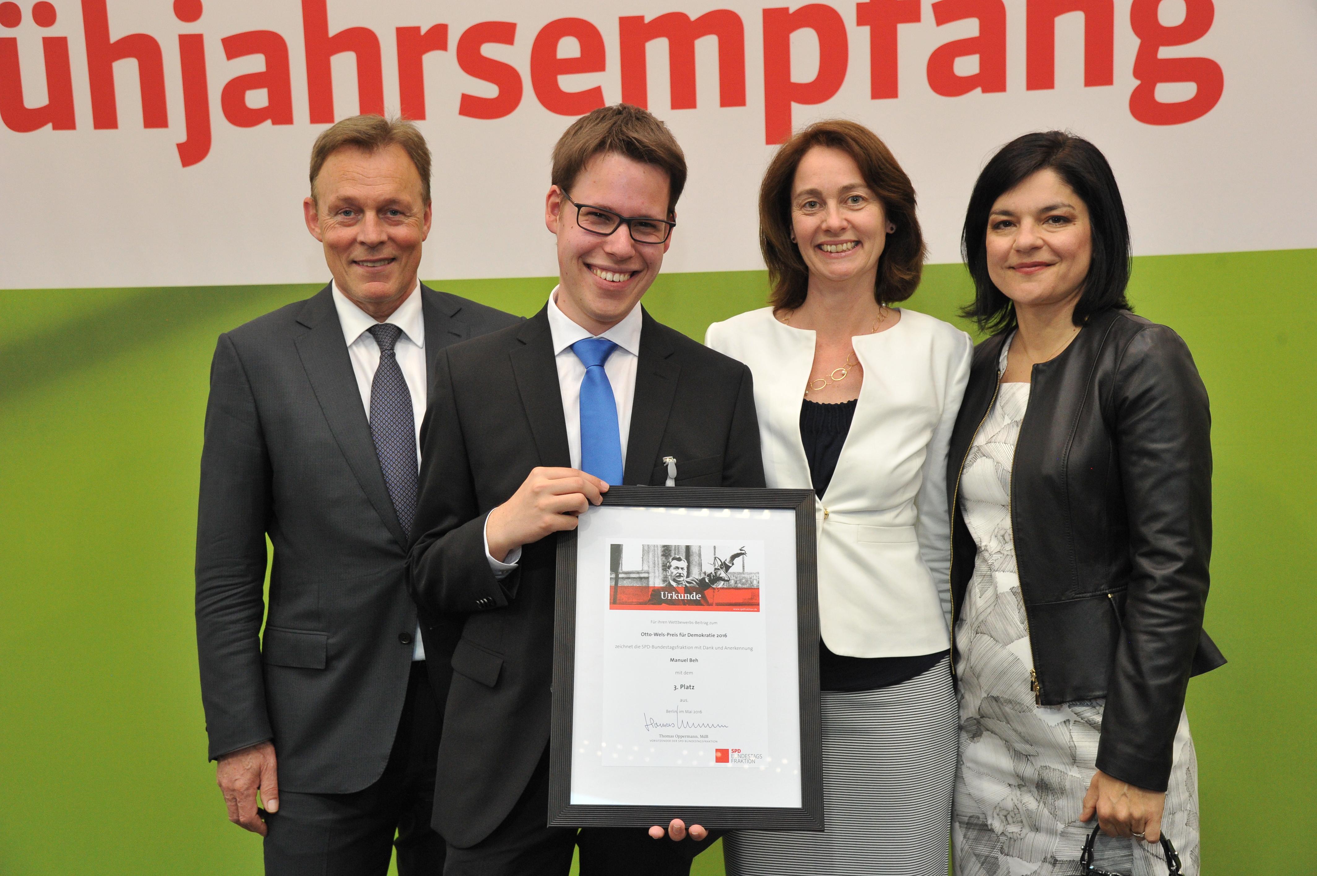 Manuel Beh aus Trier gewinnt Otto-Wels-Preis der SPD-Bundestagsfraktion